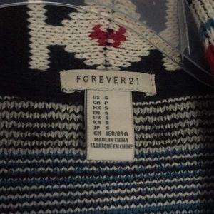 Forever 21 Sweaters - Aztec Print Sweater
